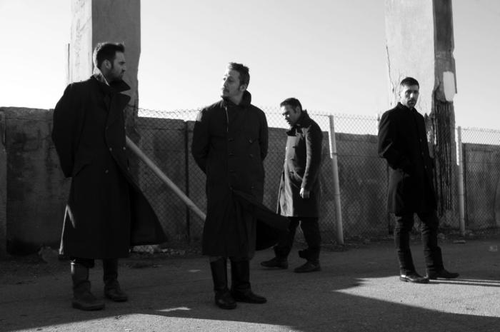 Άθαφτοι Νεκροί (2012)